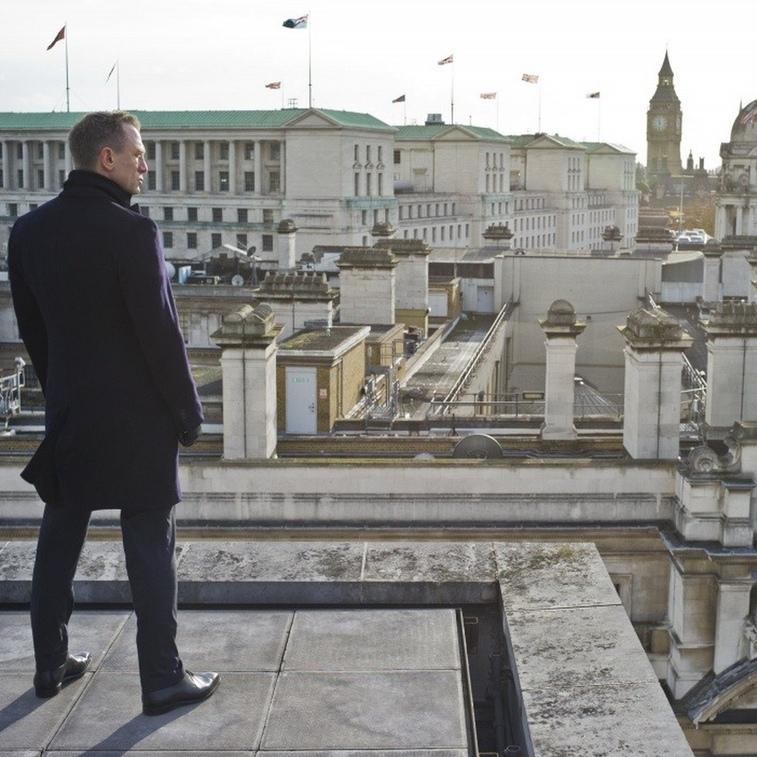 Kinocast.lv s04e24: Bond. James Bond.