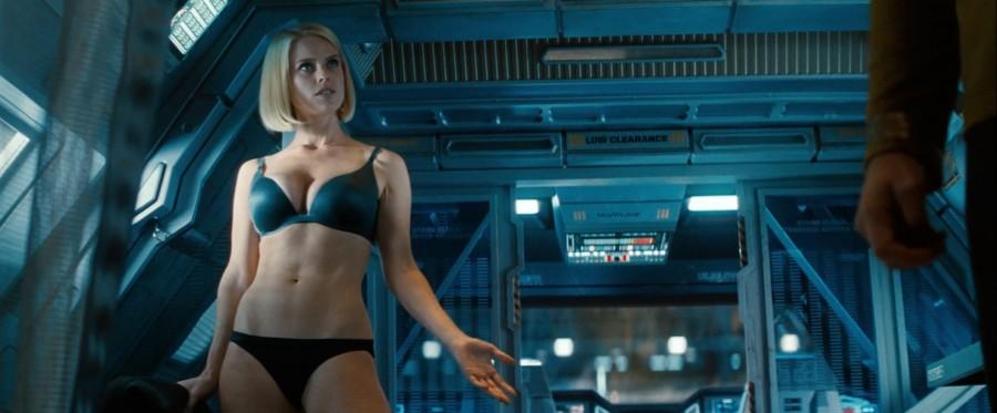 Star Trek Into Darkness: Alise Īva